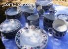 Vends un lot de vaisselle de table 54 pièces